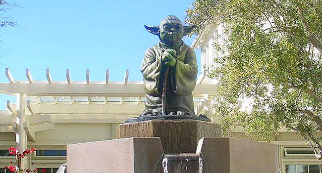 Yoda statue Lucas Studio
